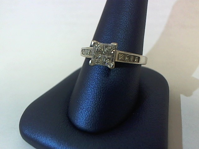 Lady's Diamond Solitaire Ring 12 Diamonds .88 Carat T.W. 14K White Gold 4.2g