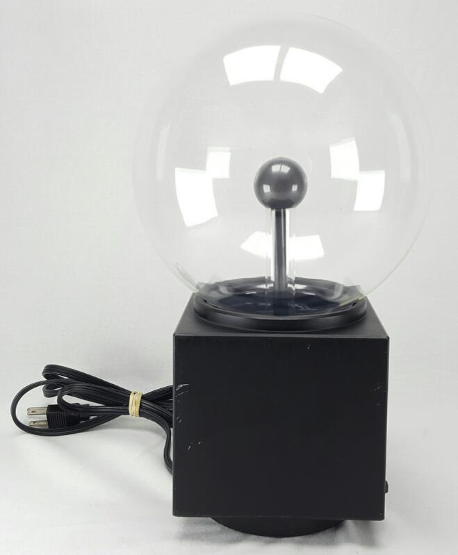REALISTIC ILLUMA STORM ELECTRIC LIGHTING LAMP THE CHAMBER OF LIGHTING