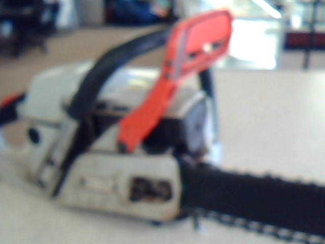 ECHO Chainsaw CS-4400