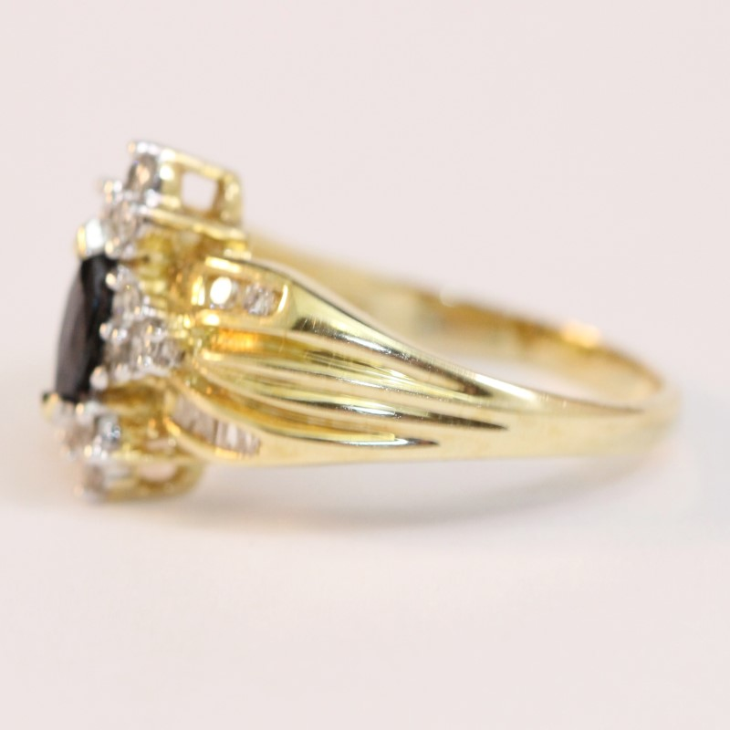 Vintage Inspired 14K Yellow Gold Onyx  and Diamond Ring Size 6.75