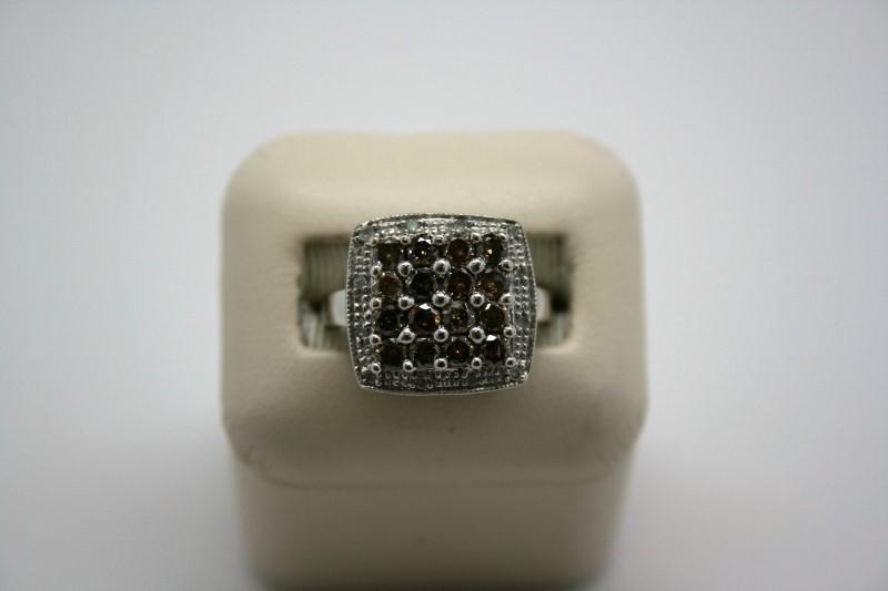LADY'S FASHION CHOCOLATE DIAMOND RING 10K WHITE GOLD