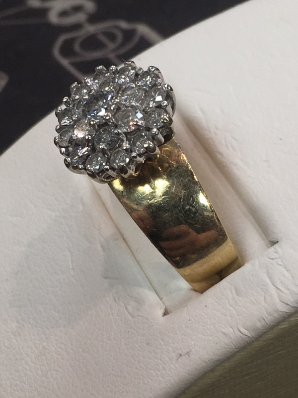 Lady's Gold Ring 10K Yellow Gold 3.5dwt