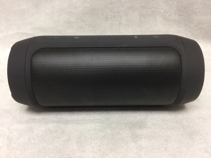 """JBL CHARGE 2 PORTABLE BLUETOOTH 7"""" X 3"""" BUILT-IN MICROPHONE"""