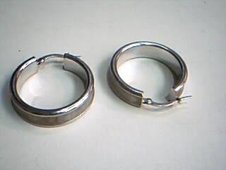 Gold Earrings 18K White Gold 3.3g