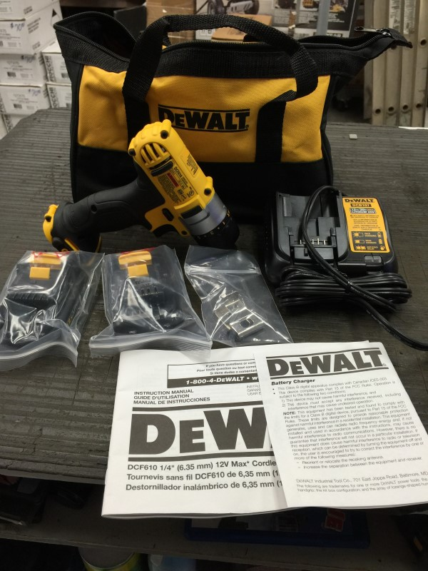 DEWALT Screwdriver DCF610 with charger and 2 batteries