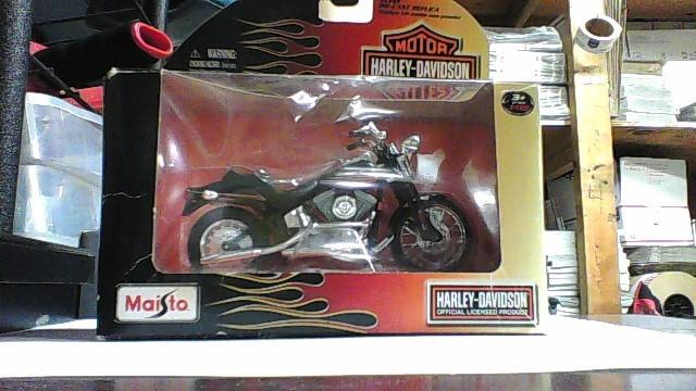 MAISTO Toy Vehicle DIECAST
