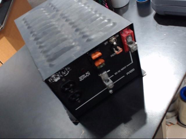 TRIPP LITE Porta-Power PV1200