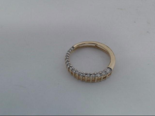 Gold-Multi-Diamond Pendant 6 Diamonds .06 Carat T.W. 14K Yellow Gold 2g