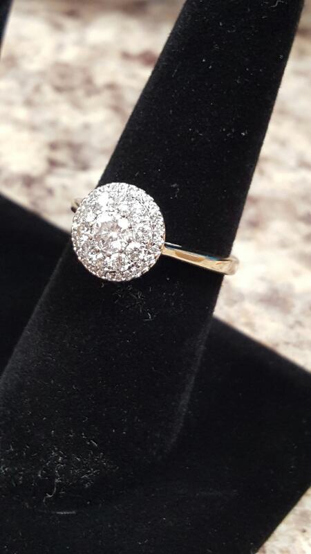 Lady's Diamond Solitaire Ring 36 Diamonds .70 Carat T.W. 14K White Gold 2.4dwt