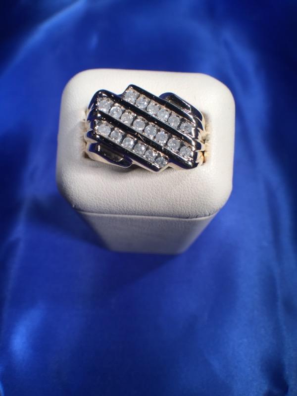Gent's Diamond Fashion Ring 20 Diamonds .20 Carat T.W. 10K Yellow Gold 4.7g