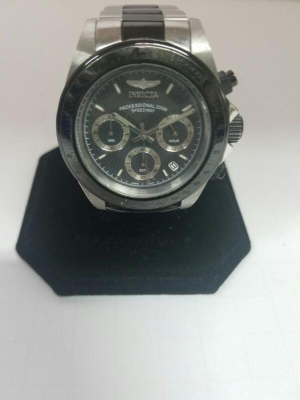 INVICTA 6934 GOLD/SILVER WATCH PLATED   WATCH 83.9000000000000