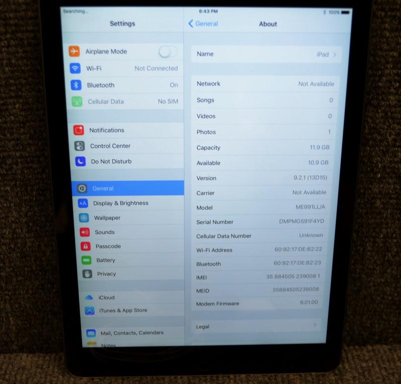 APPLE Tablet A1475
