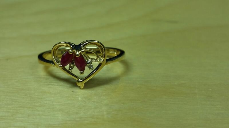 Lady's Gold Ring 10K Yellow Gold 1.2dwt