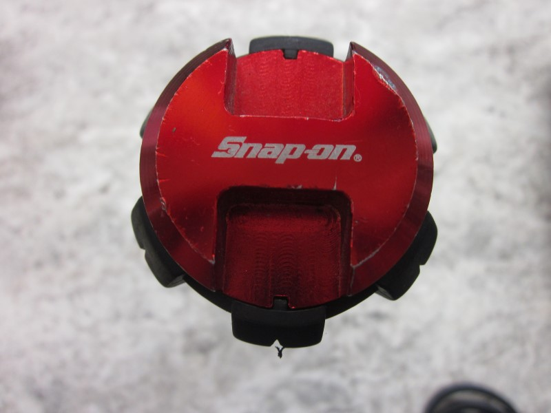 SNAP ON FLASHLIGHT