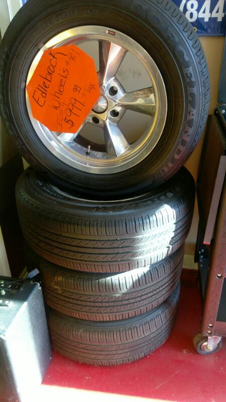 EDLEBROCK Wheel 409 WHEEL