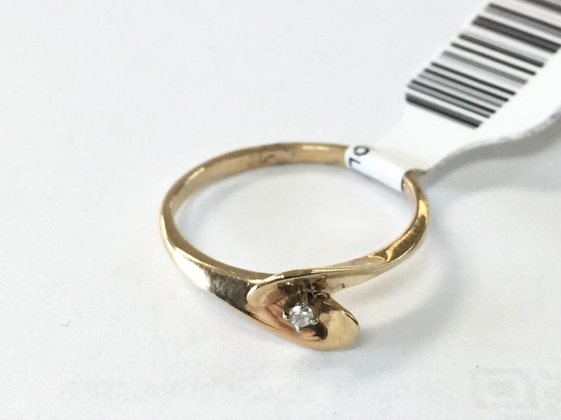 Lady's Diamond Solitaire Ring .01 CT. 10K Yellow Gold 1dwt Size:6