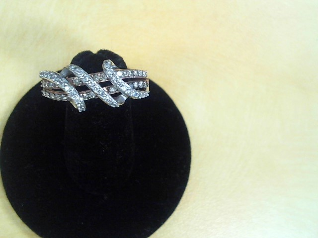 Lady's Diamond Cluster Ring 50 Diamonds .50 Carat T.W. 10K Tri-color Gold 3.8g