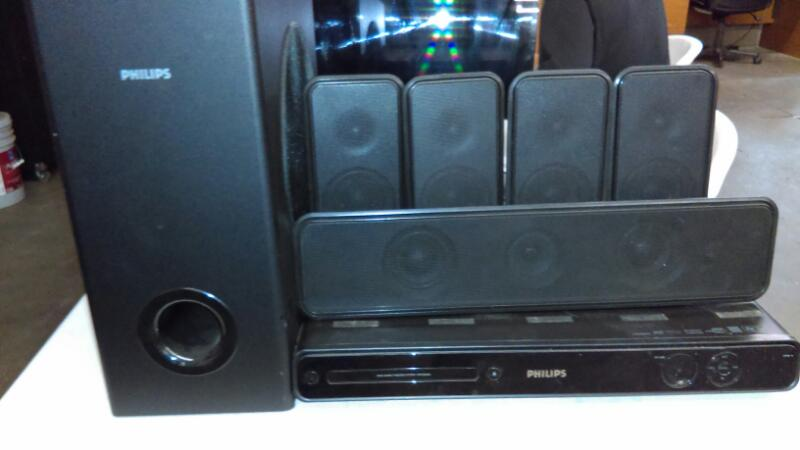 PHILIPS Surround Sound Speakers & System HTS356D