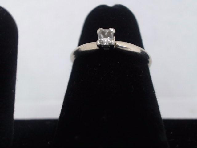 Lady's Diamond Fashion Ring .11 CT. 14K White Gold 1.7g