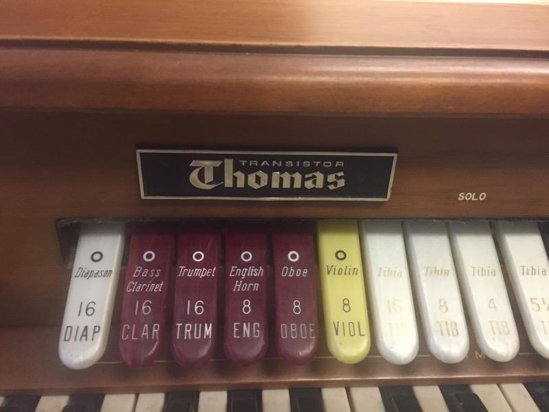 THOMAS ORGAN CO Piano/Organ 545