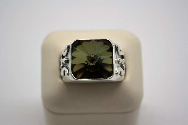 GENT'S SILVER COLORED STONE RING 10
