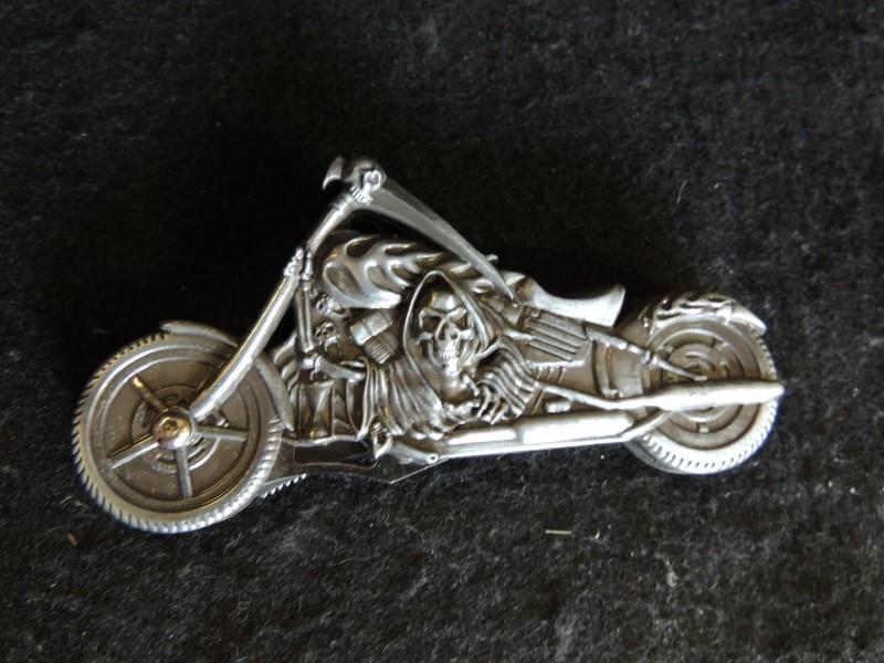 Stylish Skull Motorcycle Folding Pocket Knife Stainless