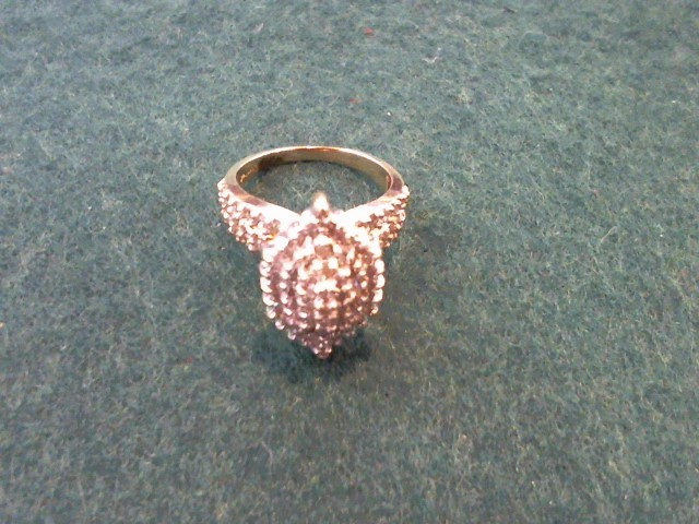 Lady's Diamond Cluster Ring 81 Diamonds 1.62 Carat T.W. 10K Yellow Gold 4.7g