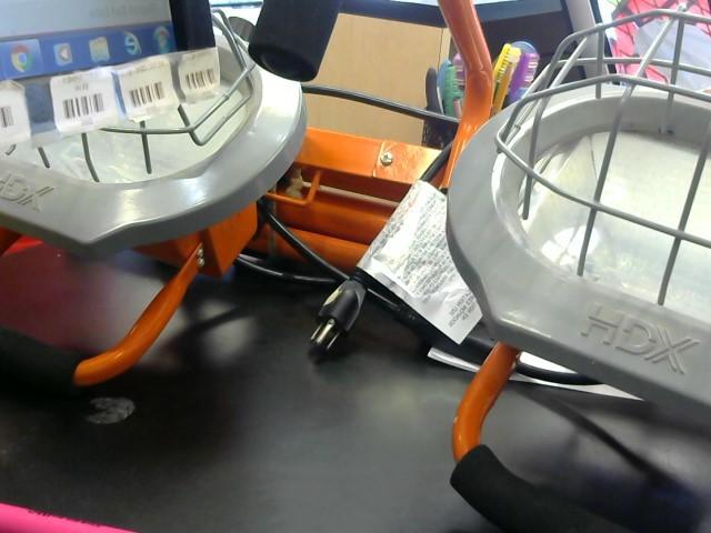 HDX Work Light XG-1036B-9