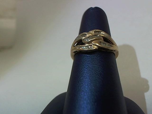 Lady's Diamond Solitaire Ring 16 Diamonds .016 Carat T.W. 10K Yellow Gold 2.3g