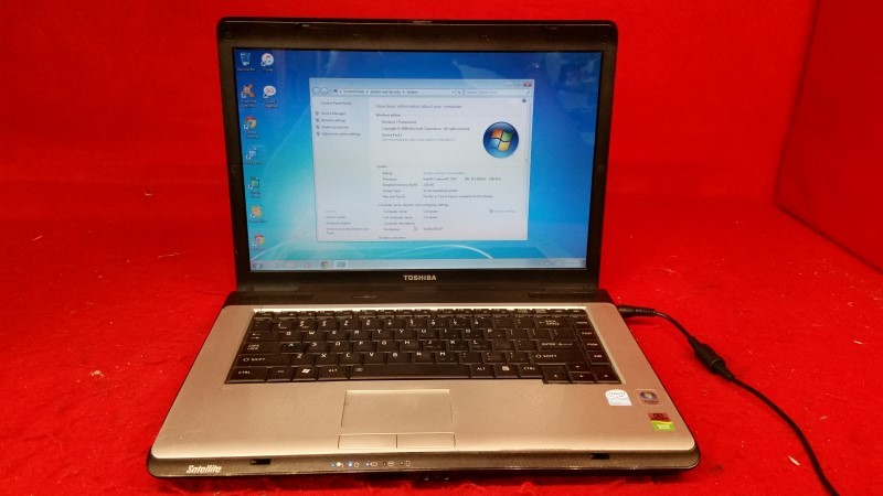 Toshiba Satellite Laptop Intel Celeron 1.86GHz / 2gb / 120gb HDD / Windows 7