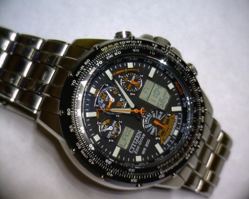 CITIZEN Gent's Wristwatch WR-200 SKYHAWK