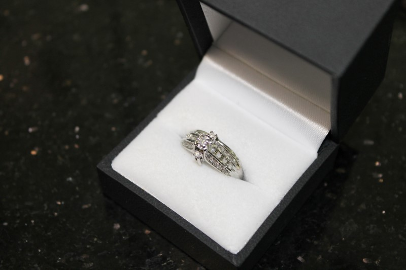 Round Brilliant Cut Diamond 10K White Gold Wedding Set WG