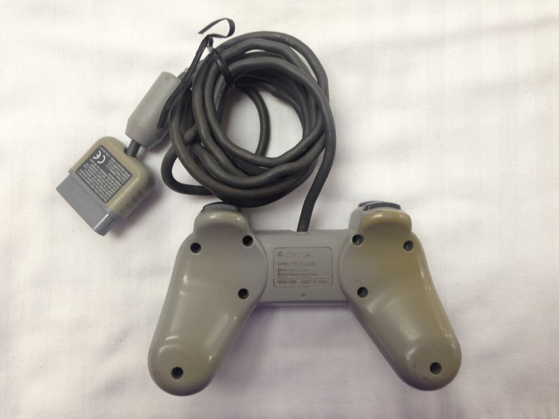 SONY PS1 CONTROLLER
