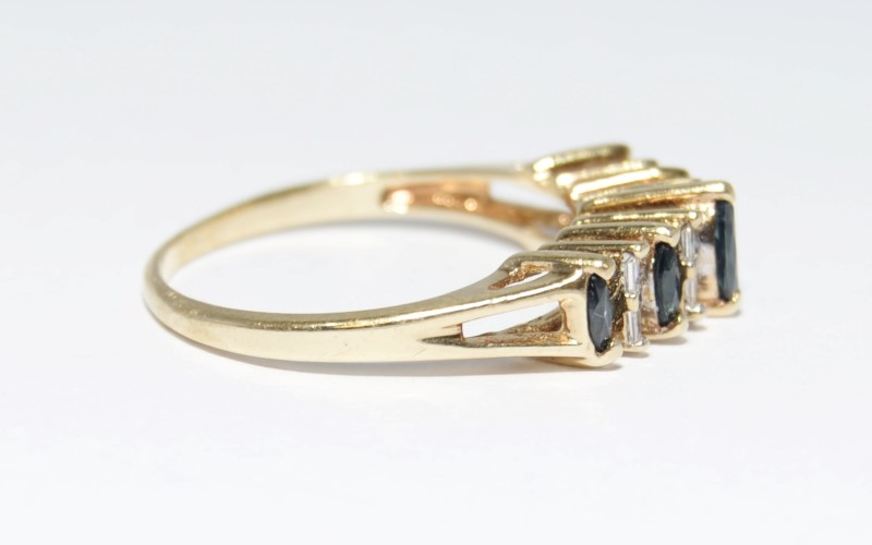 10K Yellow Gold Cathedrel Set Marquise Sapphire & Diamond Row Ring Band Size 8