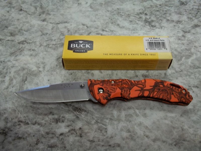 BUCK KNIVES 286 ORANGE DEER/CAMO