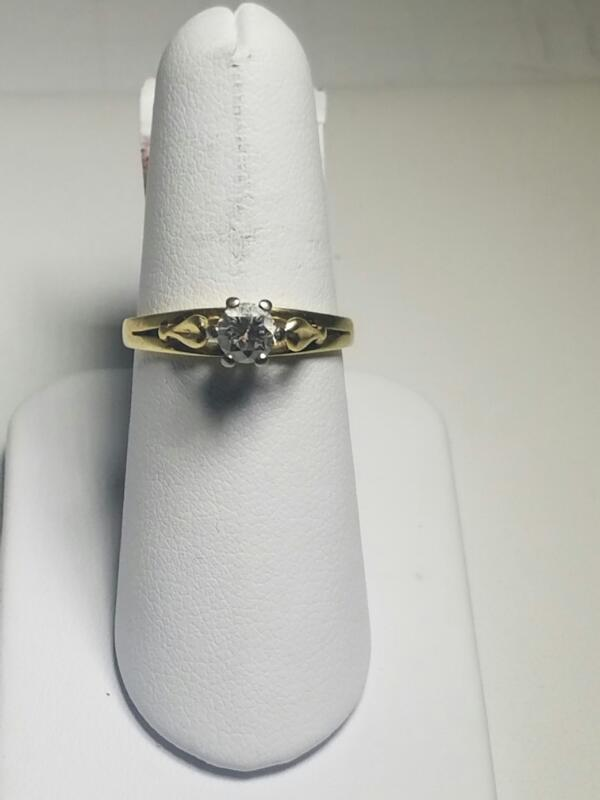 L'S 14KT Lady's Diamond Solitaire Ring WHITE STONE(S) .25 CT. 18K Yellow Gold