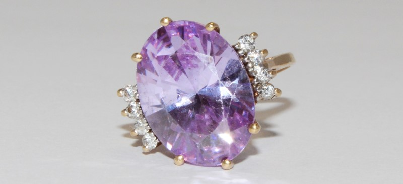 Amethyst Lady's Stone Ring 10K Yellow Gold 6.1g Size:6