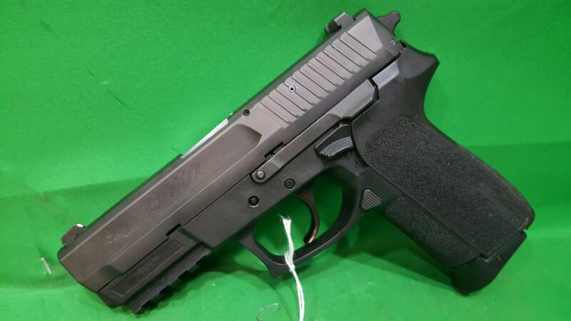"Sig Sauer SP2022 Standard DA/SA 9mm CS 3.9"" 15+1 Blk Poly Grips Nitron"