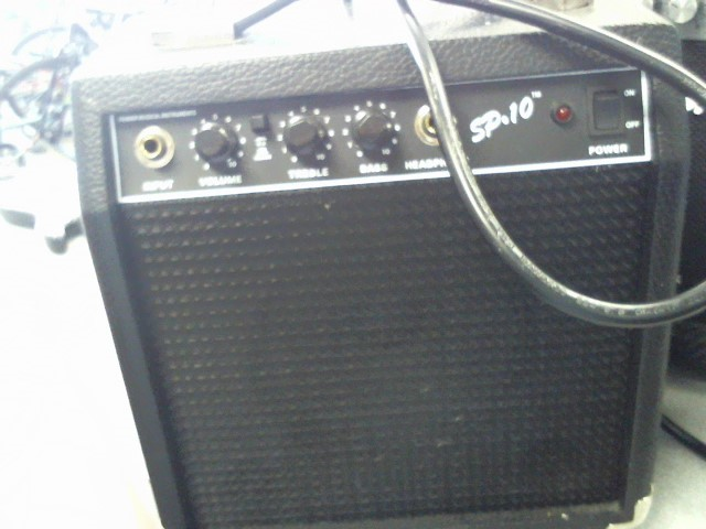 FENDER Electric Guitar Amp MUSICAL INSTRUMENTS SP-10