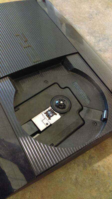 Sony PS3 (Super Slim) 250GB CECH-4201B