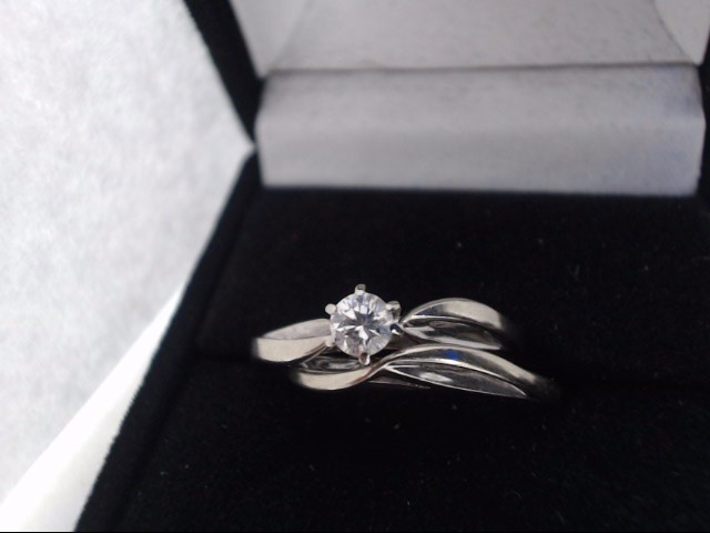 Lady's Diamond Solitaire Ring .20 CT. 14K White Gold 3.9g