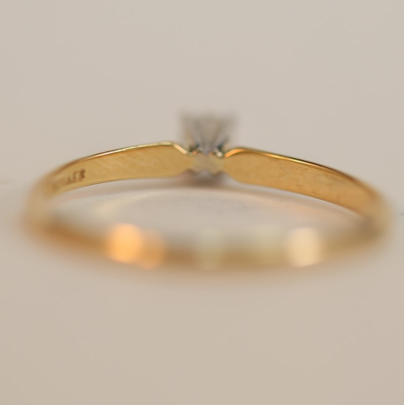 10K Yellow Gold Round Brilliant Diamond Solitaire Ring Size 6.75
