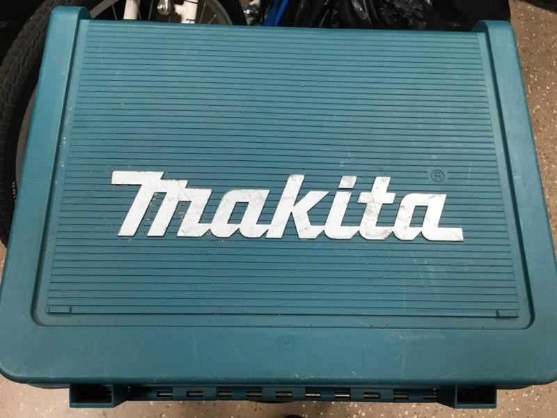 MAKITA Cordless Drill BHP452