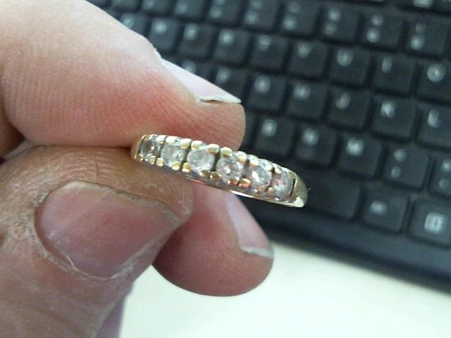 Synthetic Cubic Zirconia Lady's Stone Ring 10K Yellow Gold 1.6g