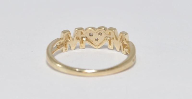 14K Yellow Gold Split Shank Heart Shaped Diamond Cluster MOM Ring sz 7