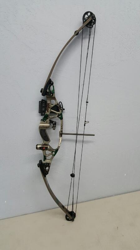 Hoyt Contender Accutec II RH Compound Bow