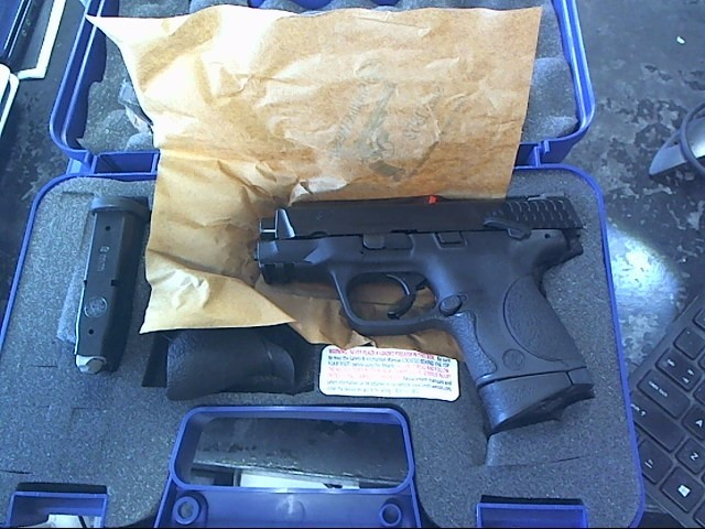 SMITH & WESSON Pistol M&P 9 COMPACT