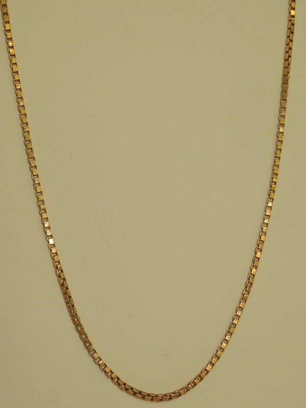 "18"" Gold Box Chain 14K Yellow Gold 6.1g"