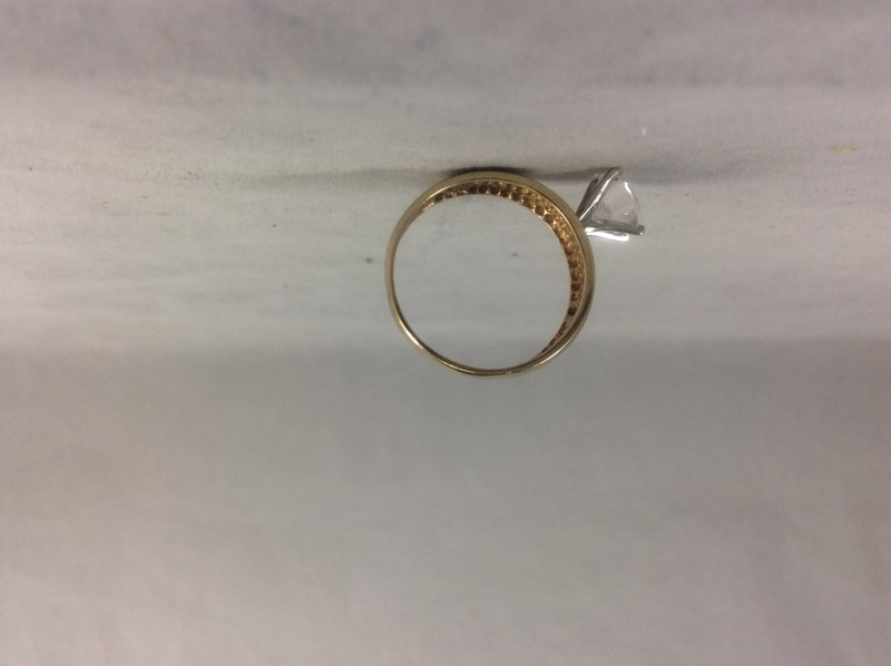 Cubic Zirconia Lady's Stone Ring 10K Yellow Gold 2.69g Size:7