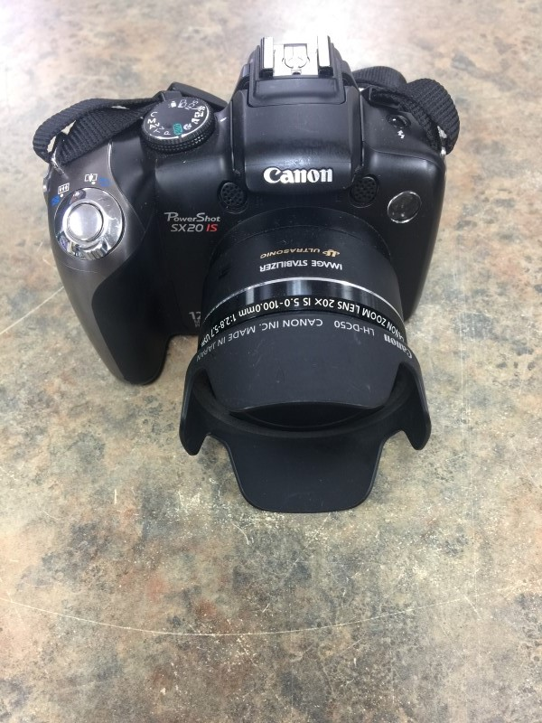 CANON Digital Camera PC1438